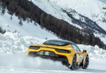 Maserati MC20 nezastaví ani sníh